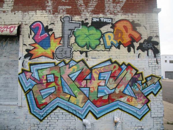 2for Areo graffiti