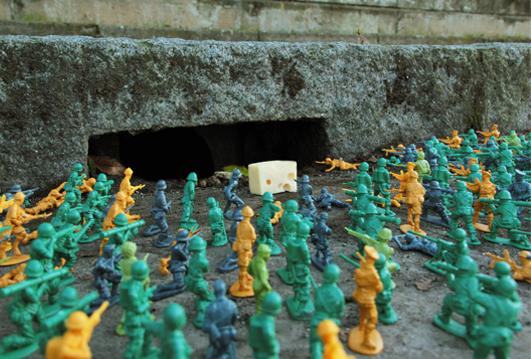 Fra.Biancoshock experience toy army men