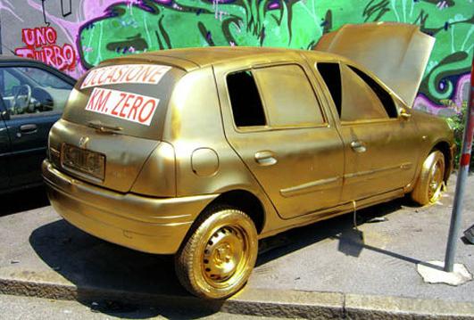 Fra.Biancoshock gold car