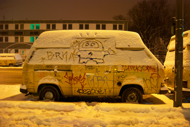Truck berlin snow by Miss Kaliansky