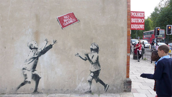 banksy graffiti stencil art