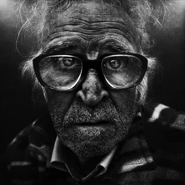 Black and white photography old man portrait