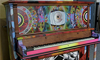 Chor Boogie Paints a Piano