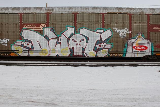 dwot cool45 freight graffiti