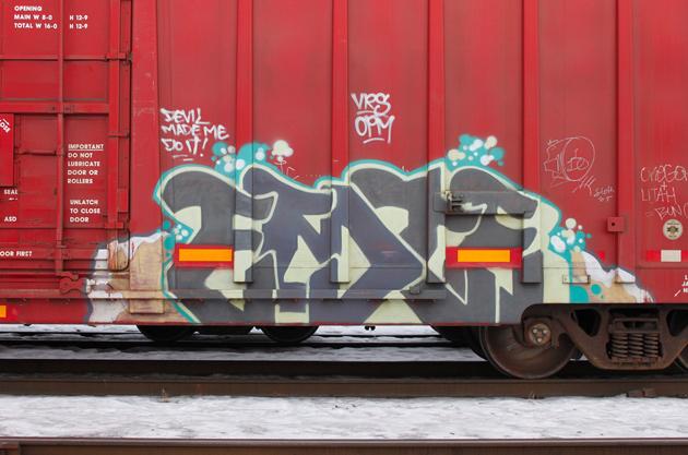 emte freight graffiti