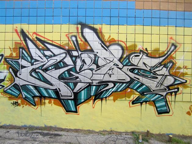 globe by sohoe graffiti