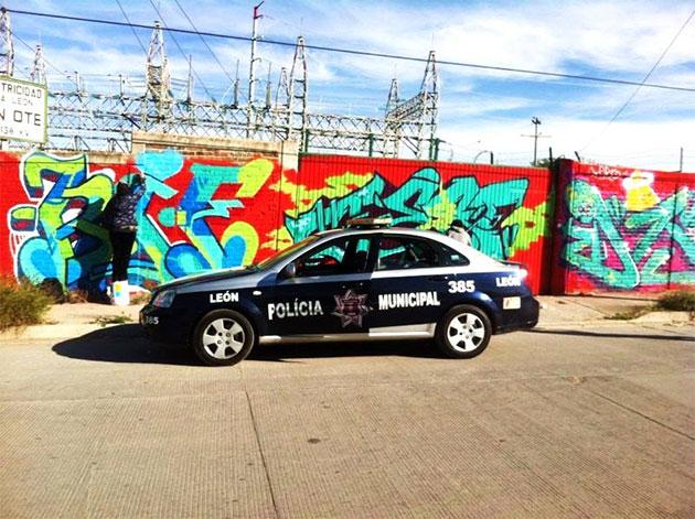 hd graffiti cop car kif