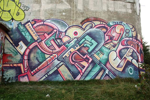 graffiti wall by tek