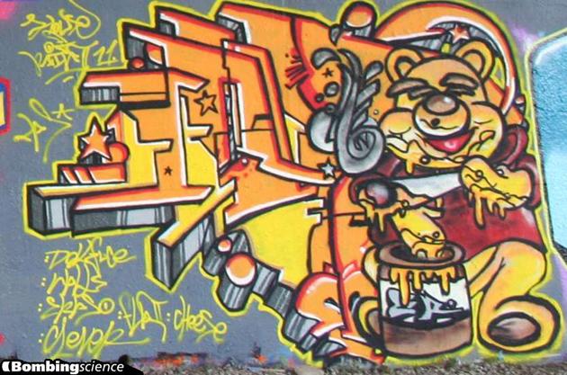 house of paint 2011 berzerker graffiti