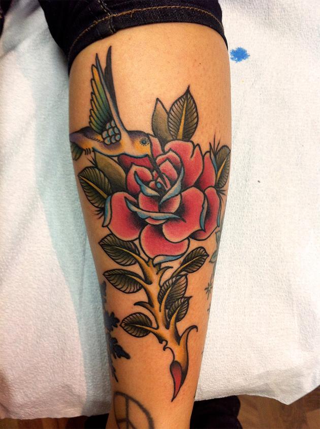 humming bird tattoo leg