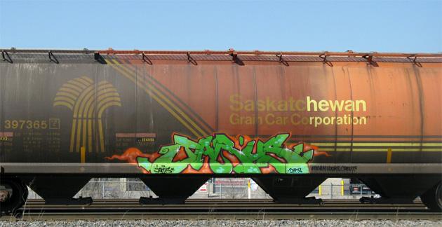 jarus graffiti freight hopper
