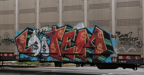 Lootem freight graffiti