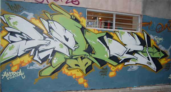 loves graffiti toronto