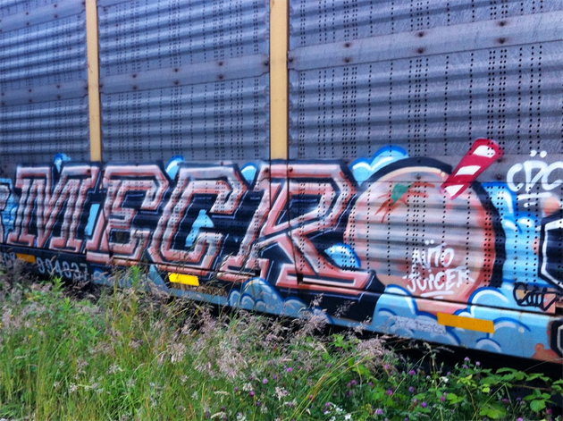 mecro autorack graffiti