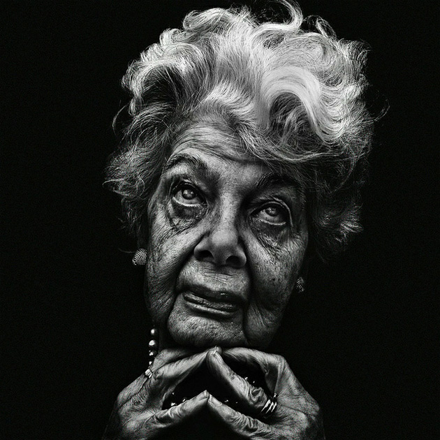Old woman portrait black and white