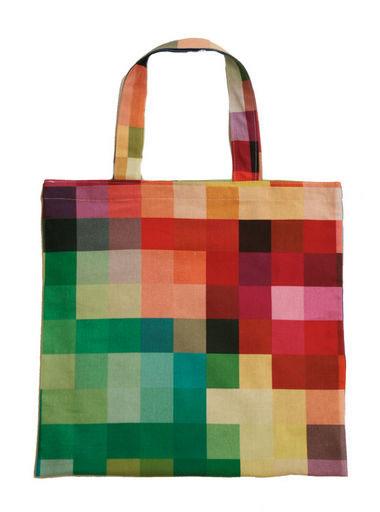Pixel bag senses lost for Cristian zuzunaga