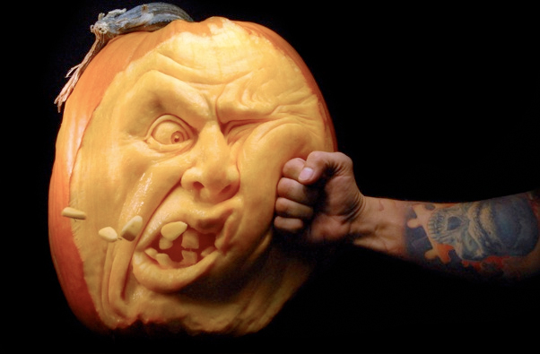 ray villafane pumpkin carving