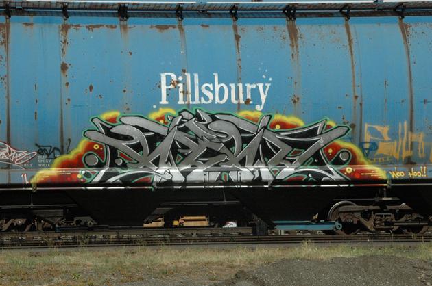 rekd graffiti hopper freight