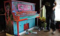 Rodrigo Pradel Painting a Piano