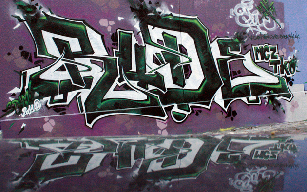 rude graffiti tko