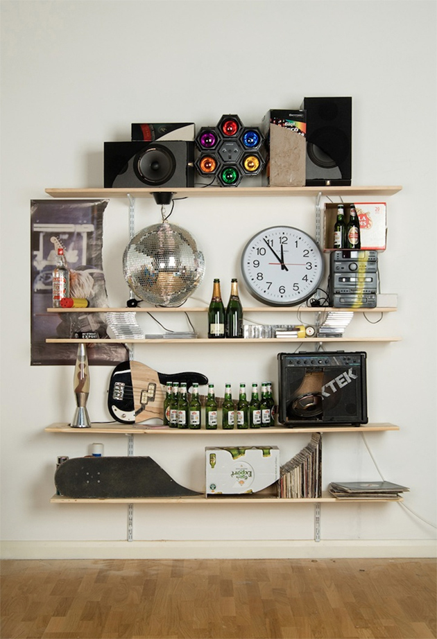 skull bookcase objects