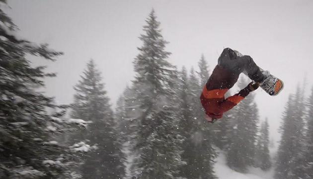 snowboarding Slashing Gnarlberg