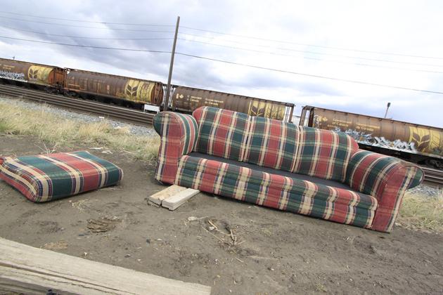 sofa benching