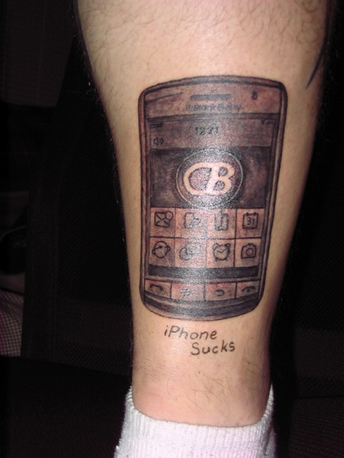This guy actually got the BlackBerry Storm tattooed on his leg.