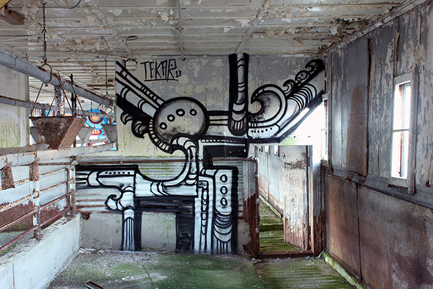 tek graffiti warehouse