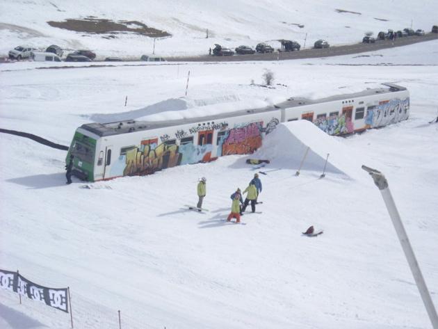 winter snowboard train jump