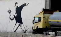 How to Steal Banksy Work From Its Original Street Location