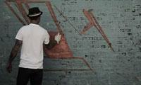 Pose Graffiti in Chicago